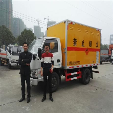 湖北江铃危险品运输车厂家,3吨爆破器材运输车价格