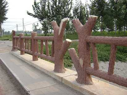 汕頭混凝土仿木護欄圖片