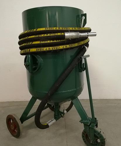 鞍山高压喷砂罐 小型喷砂机
