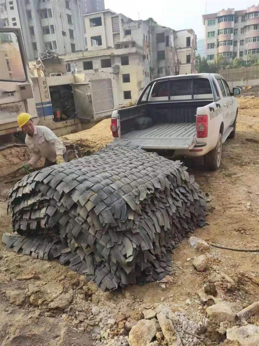 轮胎皮防护炮被 爆破防护网 点击查看详情