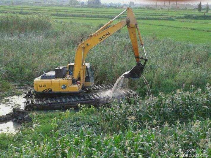 玉溪市沼澤地挖掘機出租多深能干活