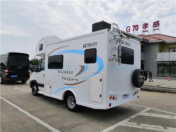 吉林依維柯歐勝C型純自動擋定制新款房車房車價格