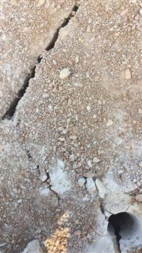 挖基礎開挖遇到硬石頭怎么辦開采破石頭環保不查的機器