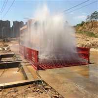 桂林自動洗車設備  后八輪洗車機安裝應用