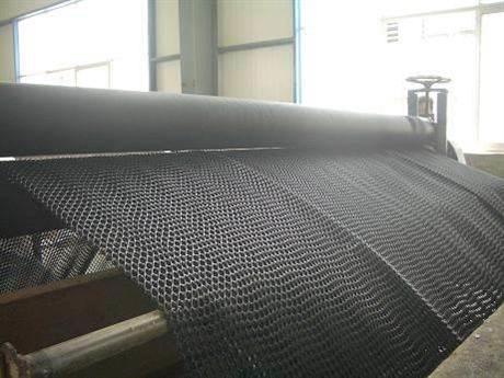 三维复合排水网设备