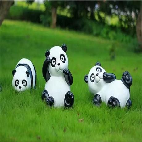佛山玻璃钢动物雕塑 公园绿地雕塑 玻璃钢仿真熊猫雕塑