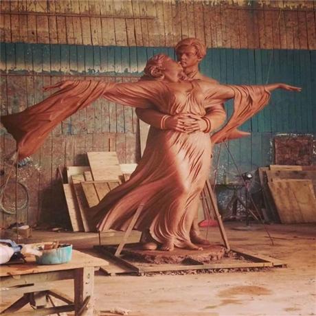 广州玻璃钢人物雕塑 情侣主题雕塑 广场玻璃钢人物雕塑