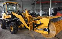 裝載機掃雪滾刷價格 魯工20鏟車掃雪滾價格 定制掃雪滾刷