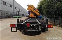 东风220马力小三轴徐工12吨随车吊的维修