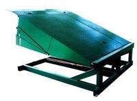 装卸货升降机厂卖装卸货升降平台