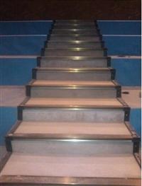 東莞石碣鋼結構樓梯搭建,其特點以及安裝的注意事項