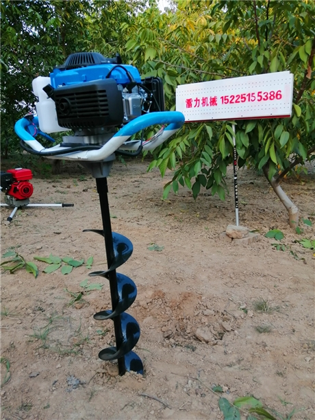 栽树挖坑机械操作要点