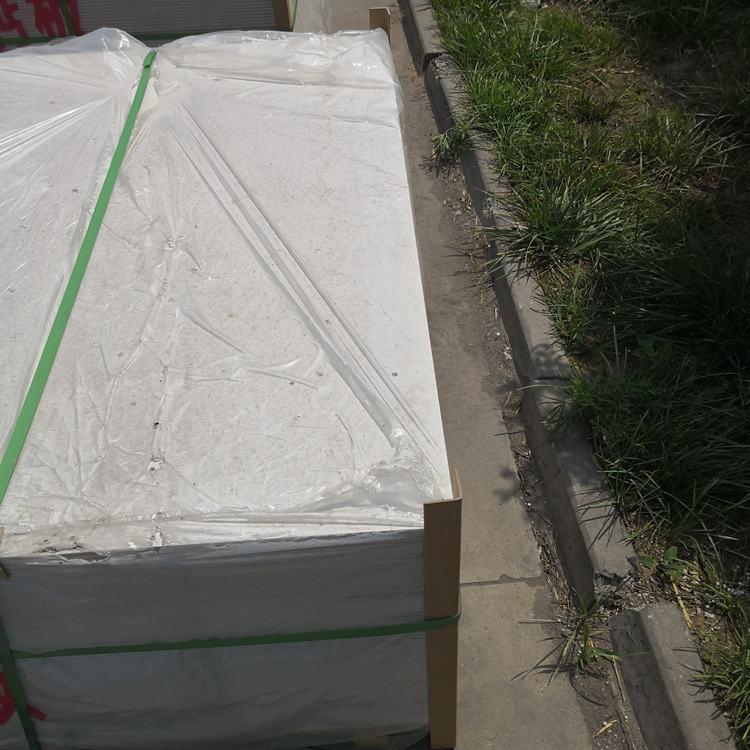 贵州无石棉硅酸钙泄爆板