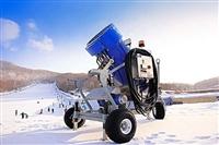 嬉雪樂園必須用到的造雪機 國產造雪機多少錢