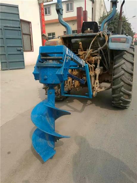 植树挖坑机拖拉机带式钻大窝
