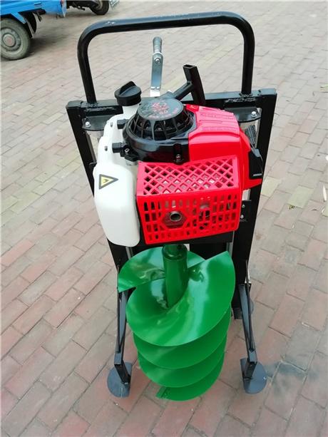 植树打坑机改变种植钻窝方式