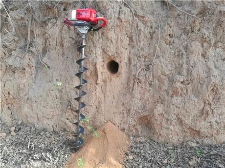 水平钻孔机轻便挖洞穿水管