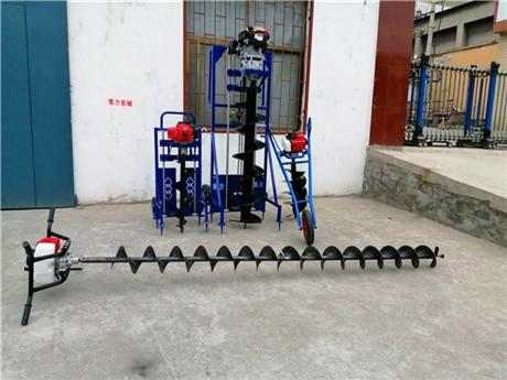 大型拖拉机挖坑机械动态与性能