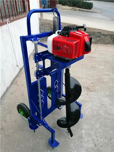 小打树坑机与大钻树坑机挖孔实力
