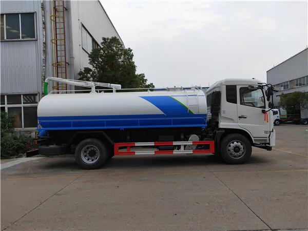 载重量10吨畜禽粪便运输车