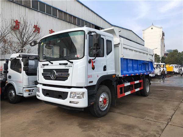养殖场装运10吨粪污畜禽粪便运输车