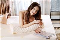 刚买的乳胶枕头有不适感正常吗