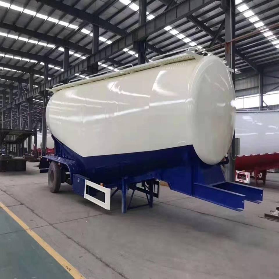 粉罐车厂家配置 散装水泥罐车生产厂家