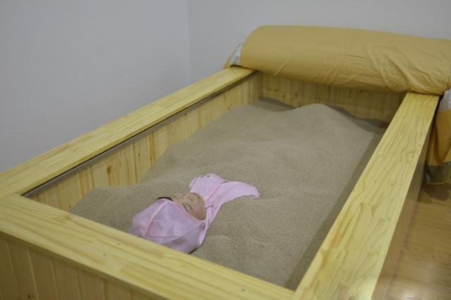 沙疗床厂家  沙灸床材料订做