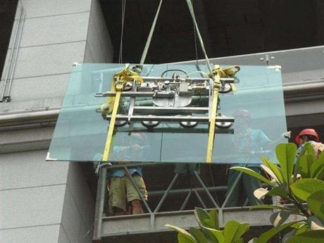 深圳大型落地玻璃门更换安装维修