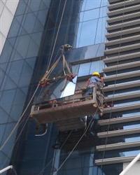 玻璃幕墙安装与维修,玻璃门窗制作与安装