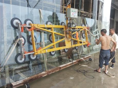 深圳外墙玻璃维修更换公司