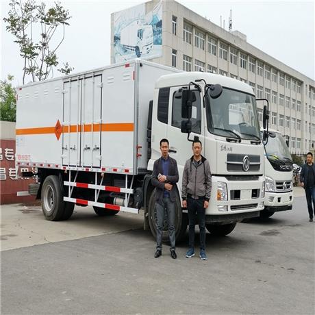 湖北襄陽炸藥運輸車廠家,10噸火工品運輸車標配帶限速器