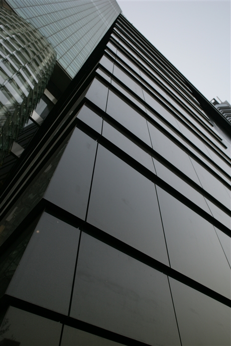 深圳玻璃幕墙安装与维护