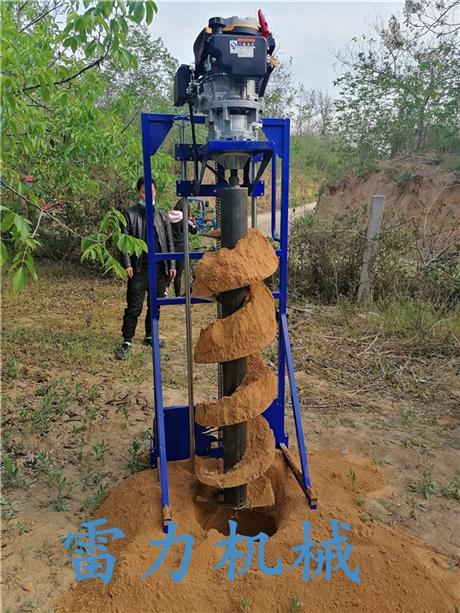 自动桩芯取土机改变传统清桩术