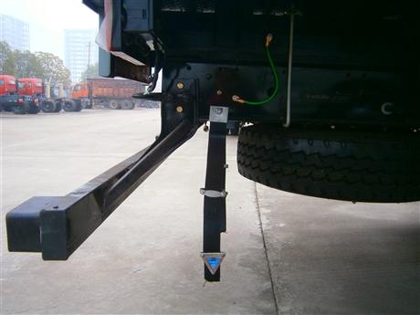 防靜電拖地帶 汽車導靜電橡膠拖地帶 靜電帶 廠家價格 圖片