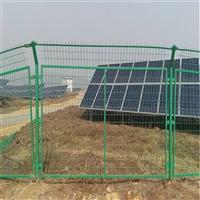 新疆隔离网生产厂家 乌鲁木齐玖龙浸塑护栏网厂