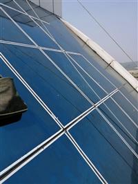 长沙单爪外墙损坏玻璃维修+江高公司+高空四爪更换玻璃