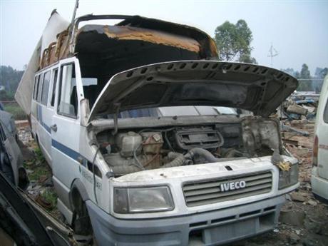 東莞老舊車輛哪里回收,報廢車 事故車回收電話