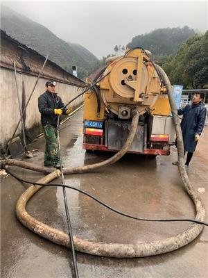 大兴区海子角抽污水清理化粪池