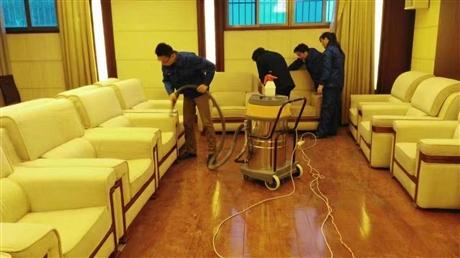 新城区公司沙发帘清洗    沙发清洗保证质量