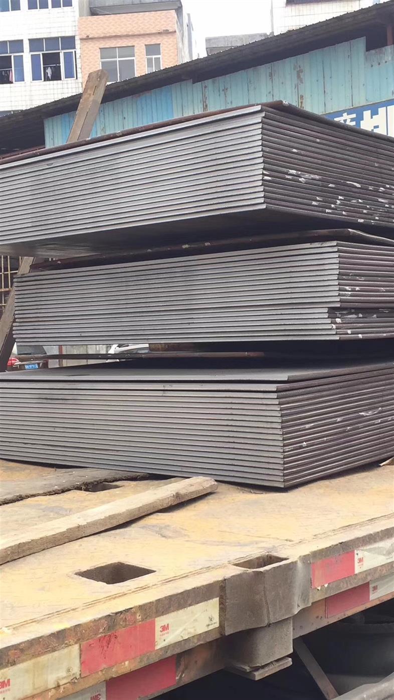 工地铺路钢板回收 铺路钢板出租价格 常年大量回收