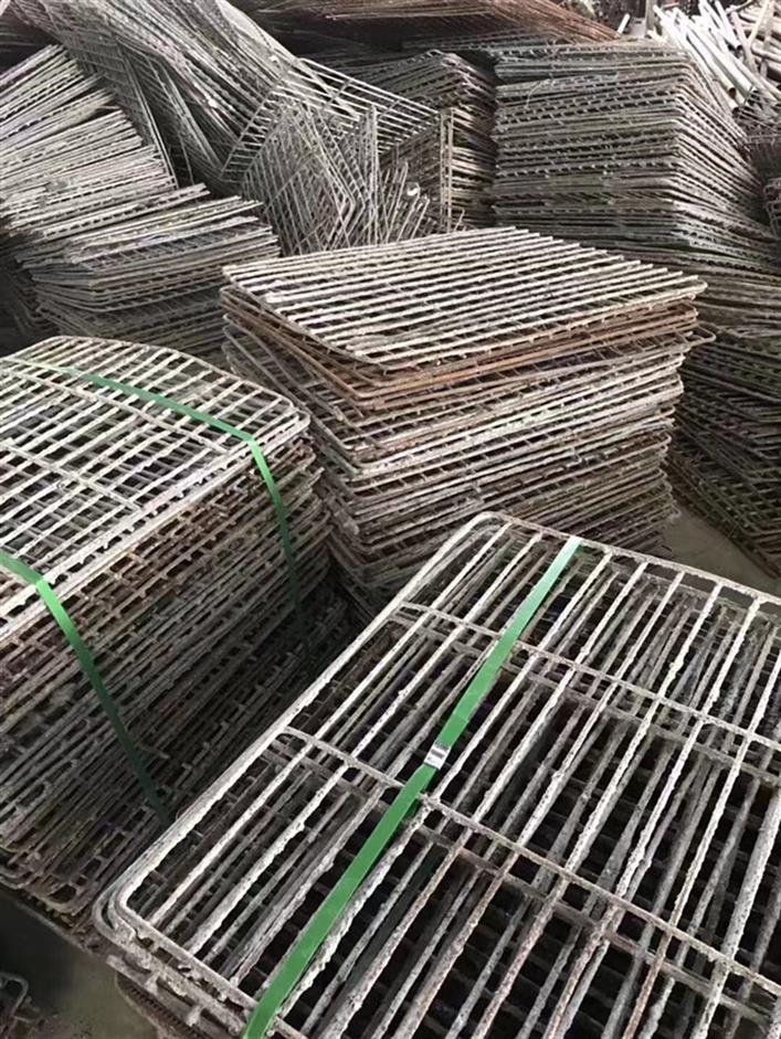 铁网回收出售,钢笆网出售价格