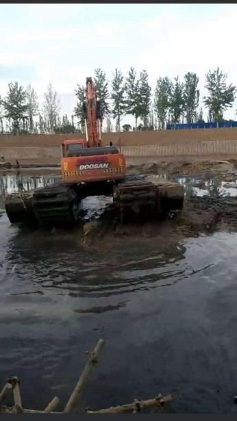 清淤挖掘机械设备出租 沼泽地挖机租赁价格