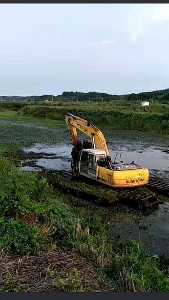清淤挖掘机械设备出租 水上清淤挖机租赁 机械优质且靠谱