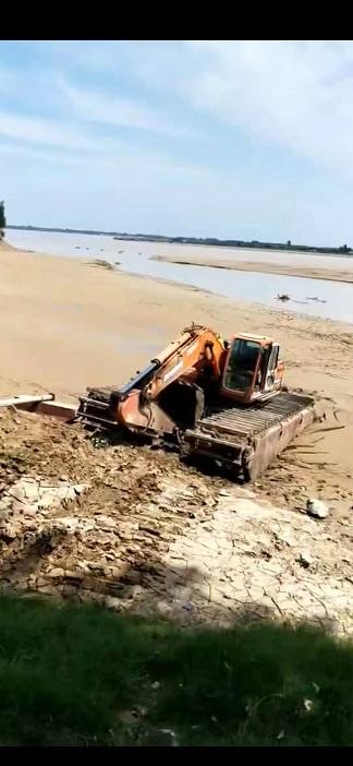 清淤挖掘机械设备出租 水路钩机租赁 机械直销还是看这里