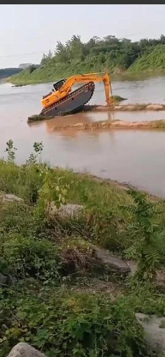 清淤挖掘机械设备租赁 湿地挖机租赁 机械优质且靠谱