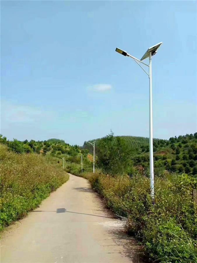 六盘水太阳能路灯 太阳能led路灯厂家 点击查看所有产品