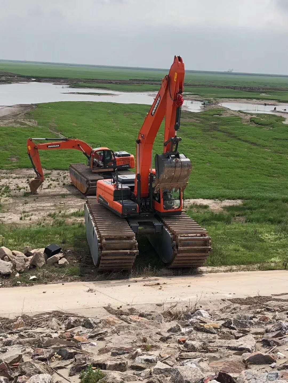 长沙水上挖机出租公司