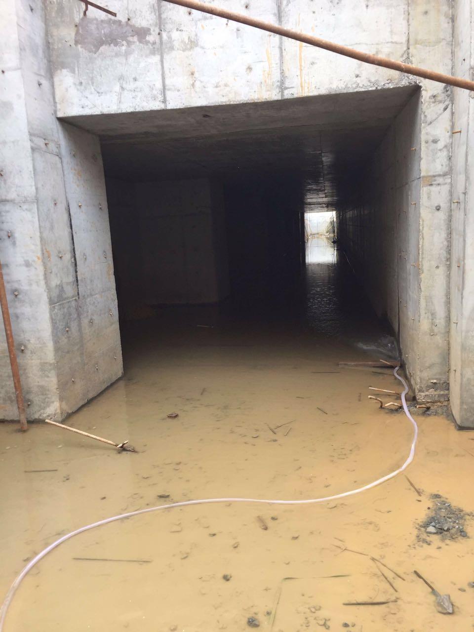 佛山专业团队防水堵漏企业电话 水池堵漏