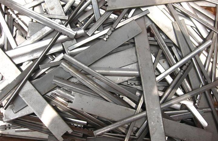 深圳市龙岗区专业废铁回收 废铁回收价 废旧金属我们会处理